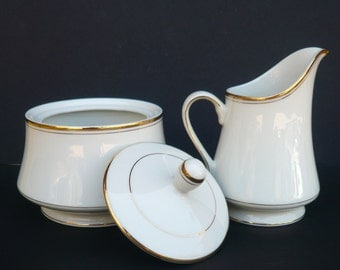 Mikasa® Creamer and Lidded Sugar Bowl Set / Trousdale L2801 / Ivory China / Gold Trim / Made in Japan / Serving