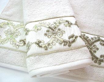 Sequence Ribbon Towel, Cream Towel, Bath Towels, Bathroom Decor, Ivory And  Gold