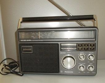 Superior vintage Panasonic 1980 Transistor radio GX1011