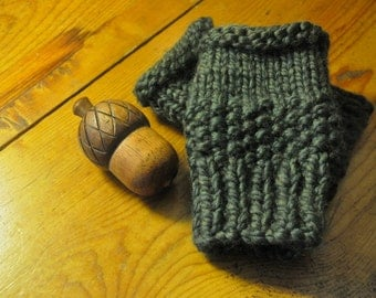 Forest Green Mittens