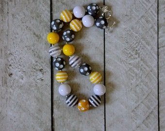 girls chunky bead necklace girl bubblegum necklace chunky bubblegum bead necklace yellow gray and white necklace summer necklace