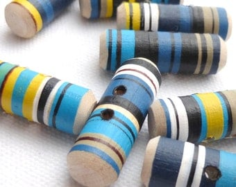 """Wooden Toggle Buttons, Large Wood Buttons, Wood Toggle Blue Turquoise Button, Set of Three 1"""" or 25mm"""