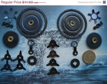 Set of 22 Clock GEARS and Parts in black  / alarm clock parts / watch parts /  black metal gears parts /  steampunk gears -- g24a