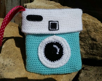 Crochet Purse / bag - Camera Style fully lined and carry strap
