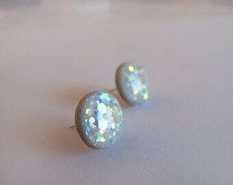 Sparkly Gray Round Stud Earrings - Hypoallergenic Surgical Steel Posts