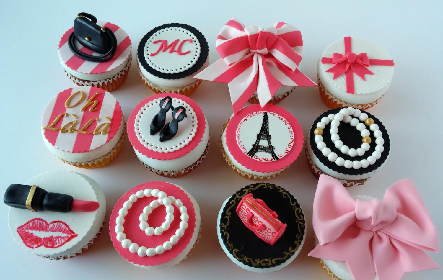 Edible Cupcake topper Paris Fashion Theme purses necklaces