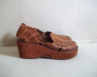 70's woven leather platform huaraches sz 6 / 6.5