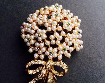 FLOWER BOUQUET BROOCH pin vintage faux pearl rhinestone