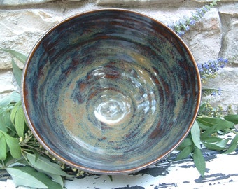 Large stoneware serving bowl
