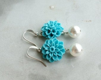 50% OFF SALE Earrings, turquoise and pearl resin flower earrings, dahlia earrings 1