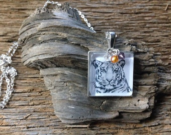 Clemson Tigers necklace: tiger art as necklace with Clemson colors