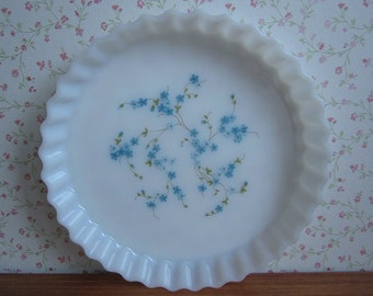 Vintage Arcopal France Veronica Myosotis Forget-me-nots Milkglass Pie Serving Dish Mid Century Modern French Kitchenware Scalloped Edge 70's