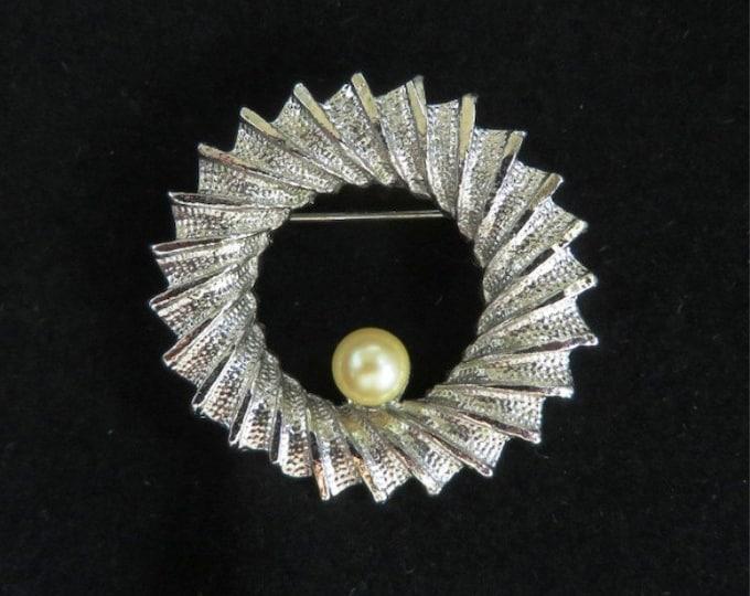 DuBarry Circle Brooch, Vintage Silver Tone Ridged Faux Pearl Circle Pin