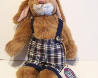 Ganz Cottage Collectibles Oscar Rabbit 1993 Retired Signed with Tags