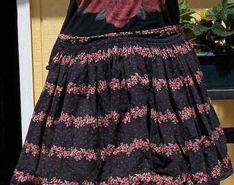 Retro Apron, Kitchen Apron, Roses, Floral Print