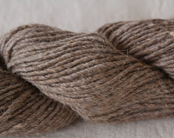 Wool rug yarn, single ply, spun from my Navajo Churro sheep fleeces.  NATURAL BROWN. Tightly spun and sold in 4 oz hanks.