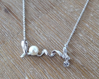 Delicate Love 18k gold plated necklace with silver finishing crystal and pearl