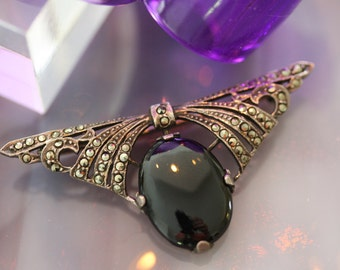 Gorgeous Vintage Deco Pin in Onyx, Marcasite and Sterling