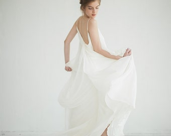 Wedding dress // Lili