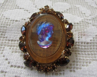 vintage D&E Juliana style cameo rhinestone pin brooch pendant