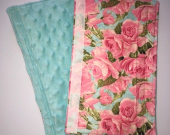Reversible floral rose and turquoise minky seatbelt cover. Adult or infant sizes.