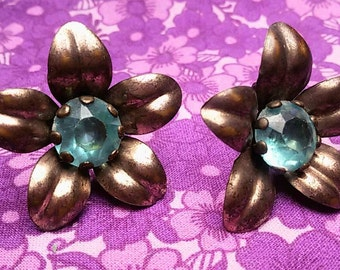 Vintage copper flower screw post earrings