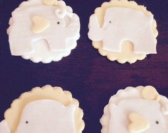 Edibke Baby Elephant Cupcake Toppers