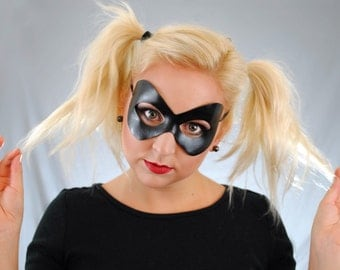Black Leather Harley Quinn Cosplay Mask