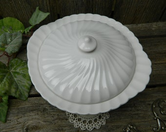 Vintage Johnson Brothers Regency Pattern White Porcelain Covered Tureen Casserole