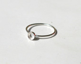 4mm bezel 925 sterling silver ring base. Stackable ring blank. Thin band with bezel.