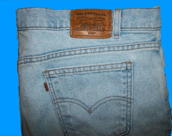Levis 540 Relaxed 42 W x 32 L   Made in USA
