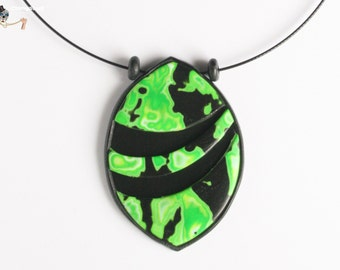 Abstract oval necklace.