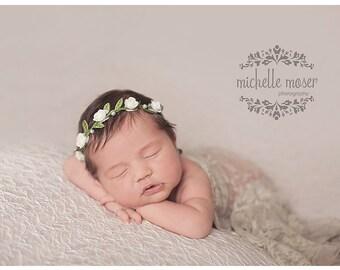 Ivory Pucker Knit Stretch Newborn Posing Fabric - Newborn Photography Backdrop, basket stuffer, beanbag / posing pillow cover