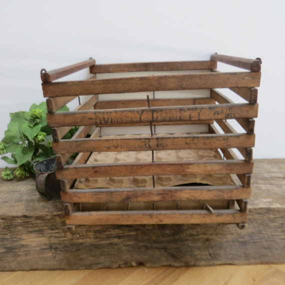 Vintage Humpty Dumpty Wooden Egg Crate By Prairievintagefinds