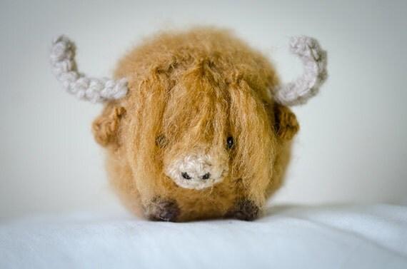 Amigurumi Highland Cow : Cute Highland Cow Amigurumi Kawaii Cow Amigurumi by ...