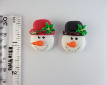 Snowman head. christmas Clay Charm Bead, Scrapbooking, Bow Center, Pendant, Cupcake topper, Magnet 2916