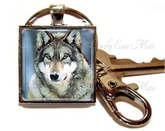 Wolf Keychain with Clip, Key Fob with Clasp, Wolf Keyring, Key Chain, Key Ring, Wolf Gift, Predator, North America, Winter, Lupine, Lupos
