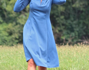 Super Flattering Polyester 1970s Blue Dress, sz SMALL