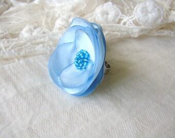 Baby blue flower ring, Light blue flower ring, Baby blue ring, Baby blue Bridesmaids flower, Light blue wedding flower, Blue ring flower