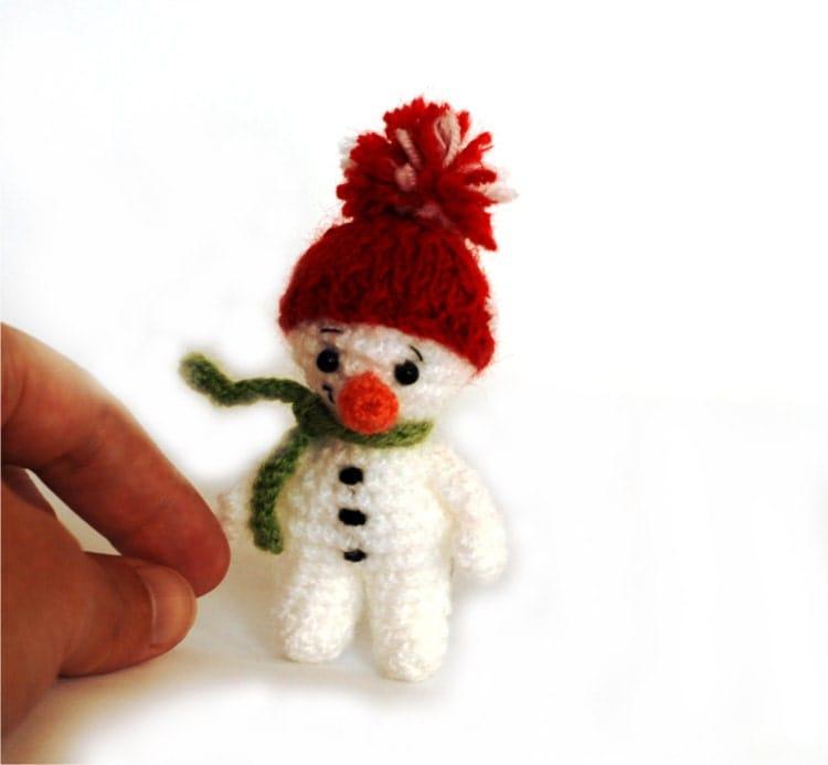 amigurumi SNOWMAN crochet little snowman by ...