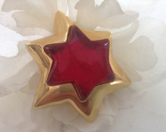 Vintage Signed Vc Star Brooch Pin Gold Red Lucite Made in USA Haute Couture Runway Large Festive Holiday Modern Collectible Gift