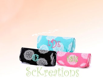 Personalized Jewelry Case, Monogram Jewelry Case, Gifts under 20, Jewelry Roll, Bridal Party Gifts, Stocking Stuffer, Travel Bag,