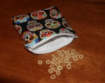 Multicolored skull reusable snack/sandwich bag