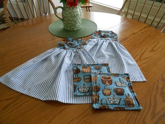 title | Hanging Kitchen Towels Set