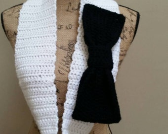 Black and White Crochet Bow Infinity Scarf