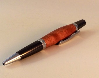 Wooden pen crafted from Australian hardwoods, beautiful gift or present for any occasion.