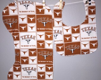 Texas Longhorns Baby Gift Set Bib, Burp Cloth