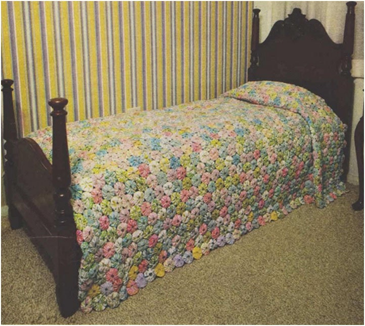 Patchwork bedspread pattern sewing vintage 70s bedding for Studio one bed cover
