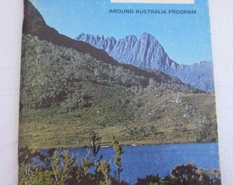1970 Australian MOUNTAINS AND RIVERS Around Australia Program John Bechervaise Labels Intact