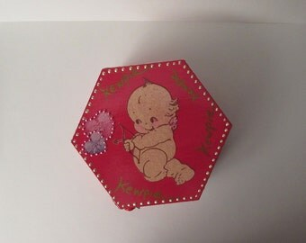 KEWPIE color pink and Rose raspberry new jewelry box